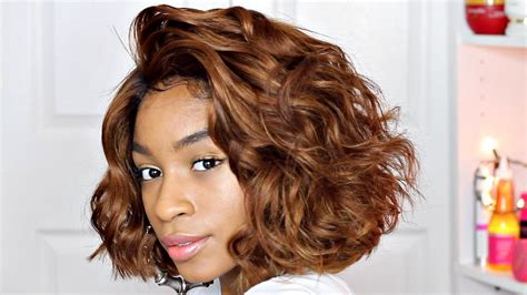 using wand with glove for short bobs wand curls on short hair honey blonde bob wig youtube