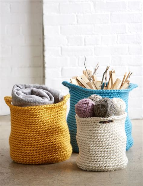 Home Decor Crochet | 28 cozy and comfy crocheted pieces for home d 233 cor digsdigs
