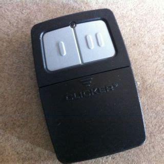 Overhead Door Clicker Chamberlain Clicker Universal Garage Door Or Gate Opener Remote Klik1u