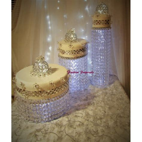 Cake Stands For Wedding Cakes by Wedding Cake Stand Cascade