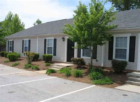 1 bedroom apartments in greenwood sc montclair apartments greenwood sc apartment finder