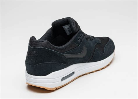 Nike Air Max One Black nike air max 1 essential black black white gum yellow asphaltgold