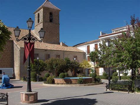 fotos antiguas jaen file plaza del pueblo valdepenas de jaen jpg wikimedia