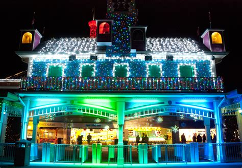 lake compounce holiday lights follow the lights to holiday cheer visit ct