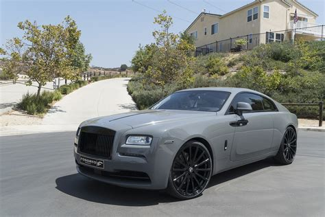 matte rolls royce wraith to the letter