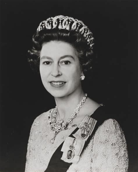 queen elizabeth 2 npg x134731 queen elizabeth ii portrait national