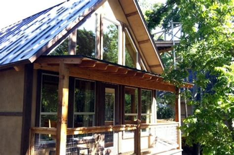 treehouse new braunfels 30 cabin retreats that will make you want to get