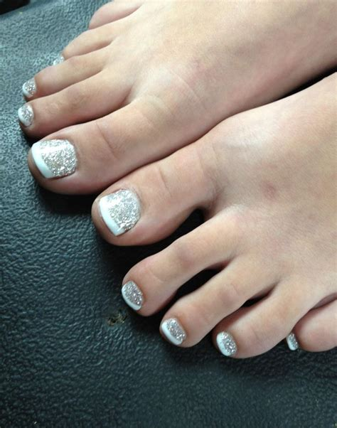 Toe Nail With Manicure