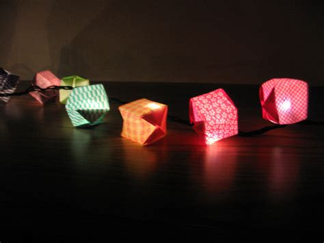 How To Make Origami Lights - make your own origami paper lanterns leneken