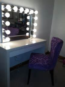 Vanity Desk With Mirror And Lights Vanity Light Bulbs The Mirror
