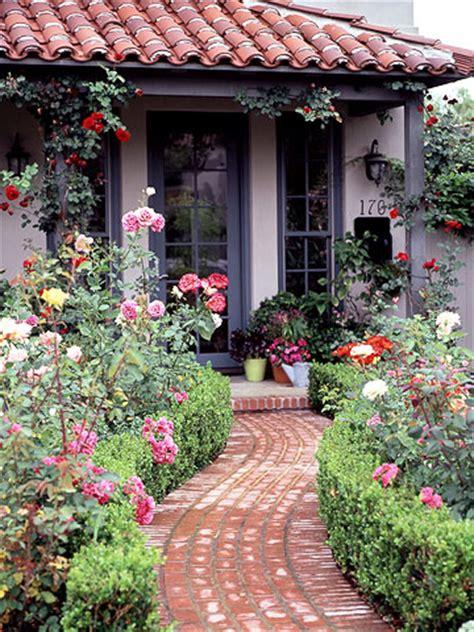 front yard rose garden plan  homes gardens