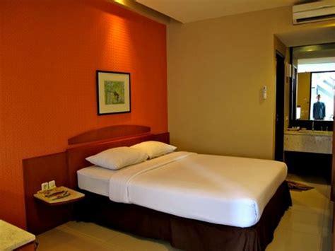 desain kamar seperti hotel nyland hotel bandung review penginapan