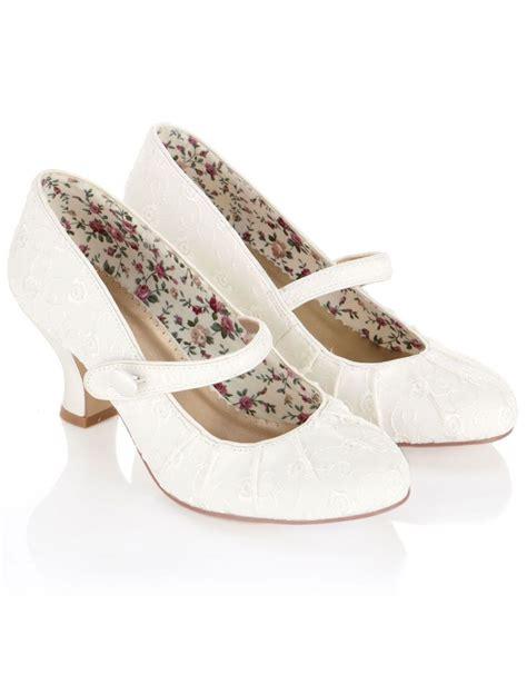 vintage wedding shoes for blomwedding