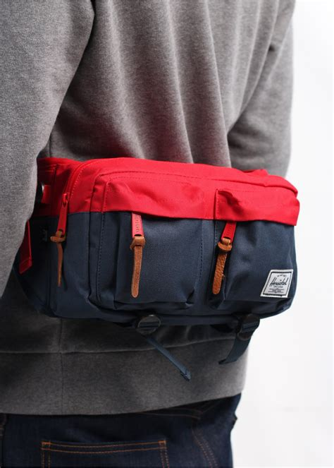 Herschel Supply Hip Back Small herschel supply co eighteen hip bag navy