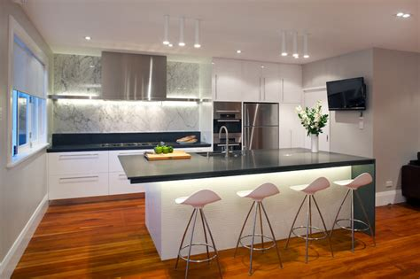 contemporary kitchen  scullery