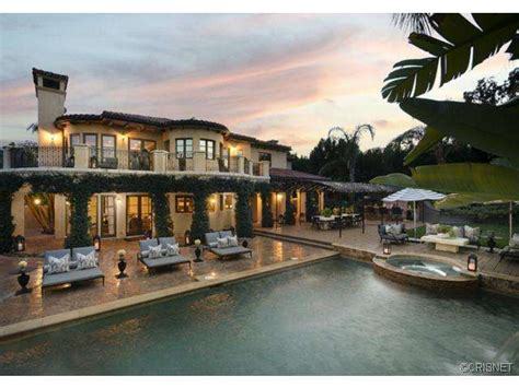 report khloe and lamar odom sell tarzana
