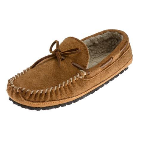 s minnetonka slippers minnetonka moccasins 4154 s casey slipper pile