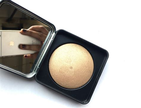 Eyeshadow Pac pac cosmetics baked highlighter 08 review swatches