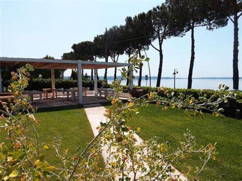 la terrazza sul lago trevignano b b la terrazza sul lago trevignano romano roma