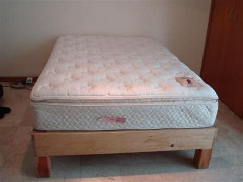 size of full bed full size mattress and frame for sale