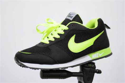 Sepatu Pria Nike Zoom Pegasus Hitam Made In Asli Import jual sepatu sport casual nike waffle trainer hitam ijo hijau stabilo di lapak silmi382 silmi382