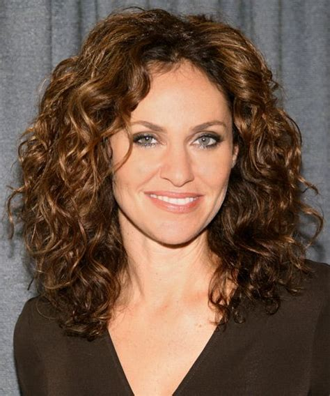 hair styles for the older woman with shoulder length hair long hairstyles for women over 40 curly hair beauty