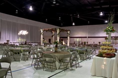 decorating a for a wedding reception ideas for