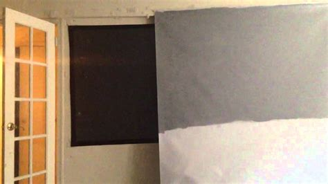 black projector screen compared to high contrast gray screen