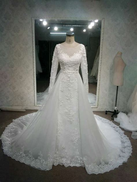 Wedding Dress Overskirt by Lace Overskirt Wedding Gowns With Sleeves By Darius