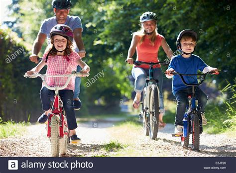 1 in 10 adolescents are using rugs family photos family images alamy