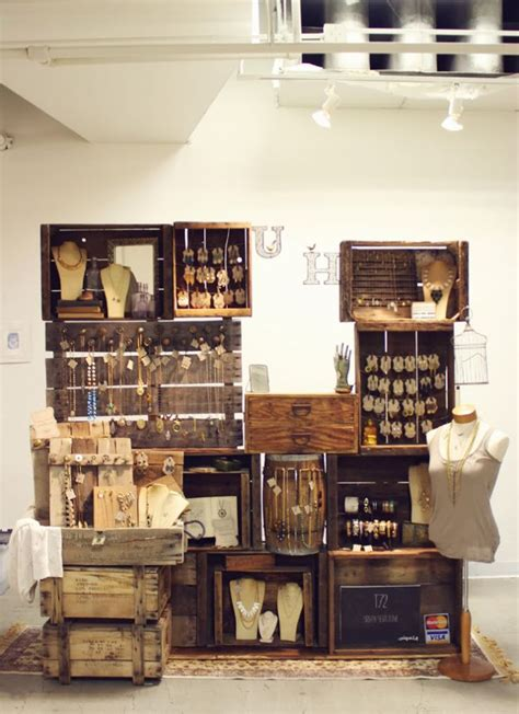 vendor display racks best 25 jewelry booth ideas on pinterest boutique jewelry display vendor displays and