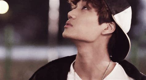 best guy jaw line appreciation kai s jawline is exactly 130 degrees