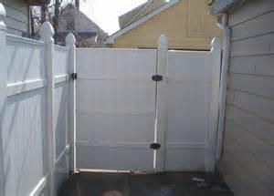 home depot vinyl fencing vinyl fence quality 187 fencing