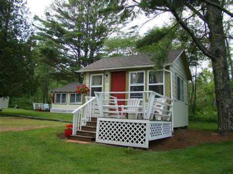 Camden Maine Cabins by Bay Leaf Cottages Bistro Lincolnville Lodging