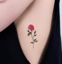 de tatuajes de rosas peque 241 os tatuajes de rosas para expresar tu salvaje