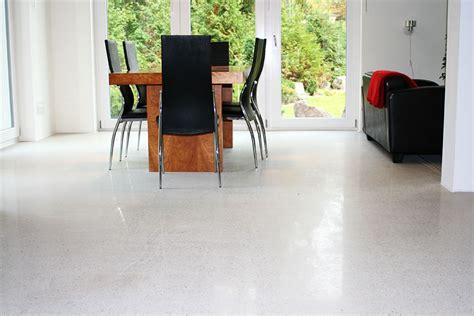 estrich versiegeln wohnraum designestrich und betonb 246 den sind 228 sthetische fu 223 b 246 den