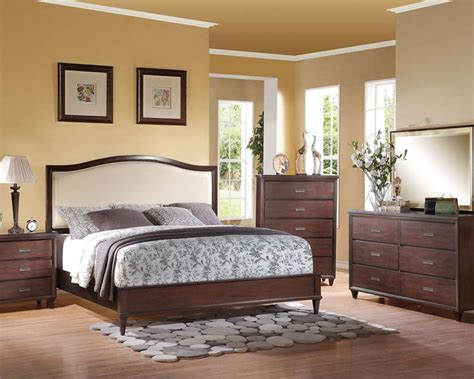 bedroom set in rich cherry raleigh by acme furniture