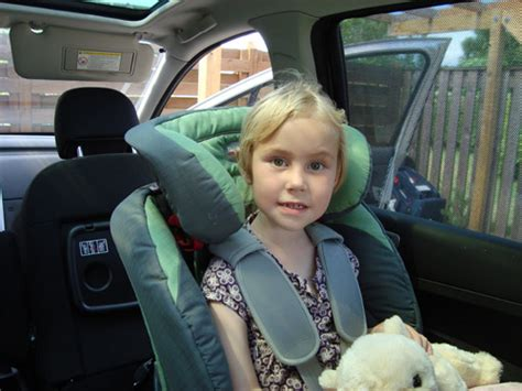 car seat for 5 year boy partner is concerned rear facing carseat is uncomfortable