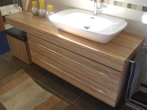 Badezimmer Unterschrank Waschbecken by Waschbecken Mit Unterschrank Holz Waschbecken Mit
