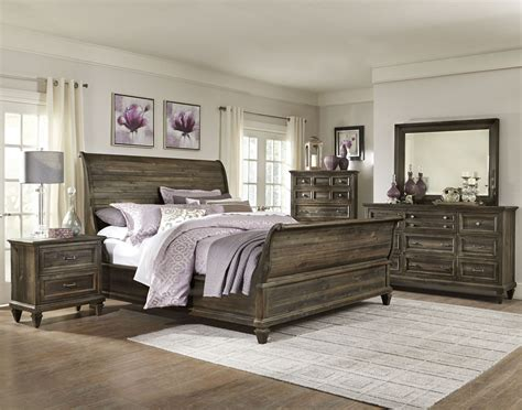 graues holzbett calistoga sleigh bedroom set from magnussen home b2590
