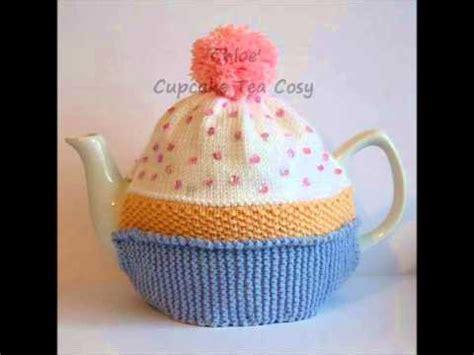 cupcake tea cosy knitting pattern free cupcake bithday cake vintage dk yarn teapot tea room