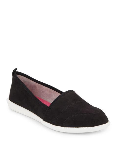 adrienne vittadini flat shoes lyst adrienne vittadini sport essie suede flats in black