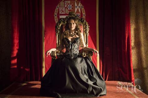 reina de sombras trono el comisario est 225 preparado para asaltar el trono mientras la marquesa ya se ve reina de las