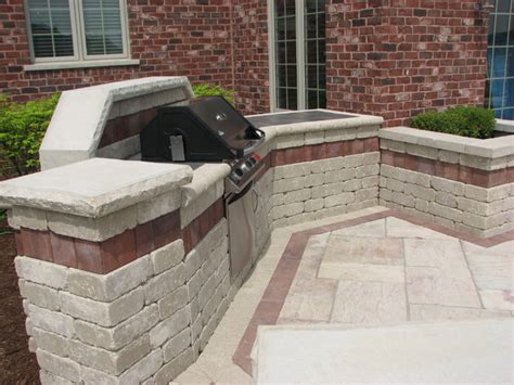 Patio Pavers For Grill Paver Patio With Built In Grill And Raised Planters
