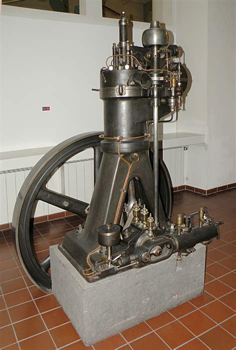 diesal motors file diesel motor jpg wikimedia commons