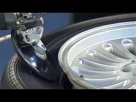 Youtube Motorradreifen Wechseln by Reifen Montage Demontage Ohne Montagehebel Wdk Rft