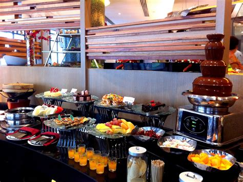 best hotel buffet in singapore best hotel buffets top buffet restaurants in singapore part 2 aspirantsg food travel
