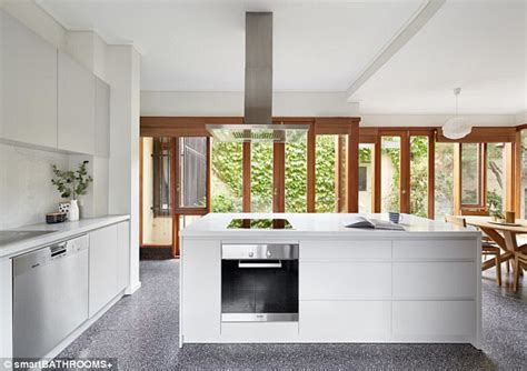 houzz reveal the top kitchen trends of 2018 daily mail
