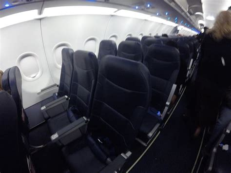 airbus a321 cabin layout spirit airlines fleet airbus a321 200 details and pictures
