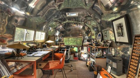 Newport Country Style Home Office Home Of The Day Quarter Style With An Airstream